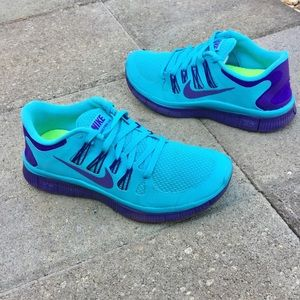 Women's NIKE FREE RUN 5.0 Athletic Running Shoes